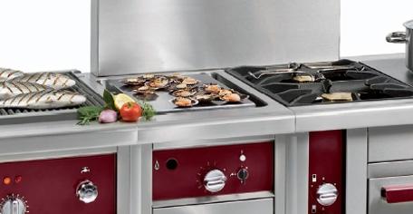 Plaque de cuisson design et esthétique mélant charme et qualité. Avec cette plaque, vos plats exelleront. A vos poêles!